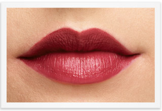 Learn how to achieve The Stained Lip Look from Mary Kay Global Makeup Artist Luis Casco.