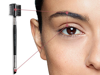 The Mary Kay® Eyeliner/Eyebrow Brush is your double-duty beauty tool, perfecting eyeliner and brows.